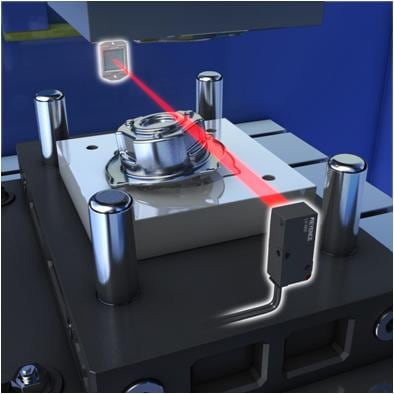Detecting workpiece seating
